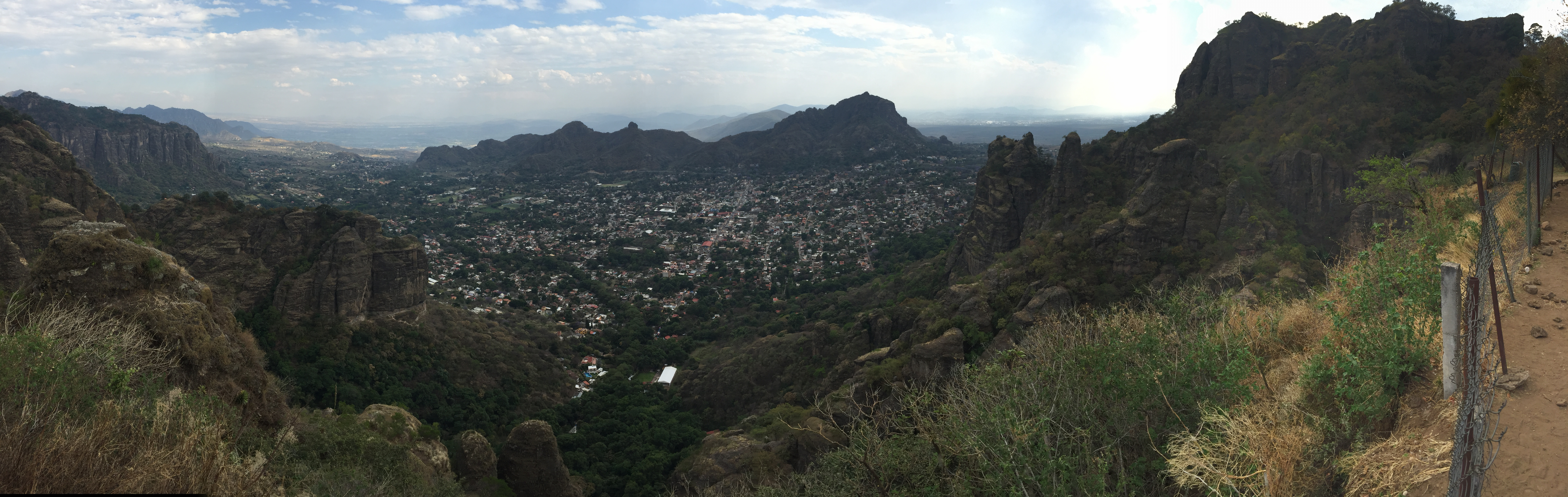 Panoramic view of Tepoztlan.