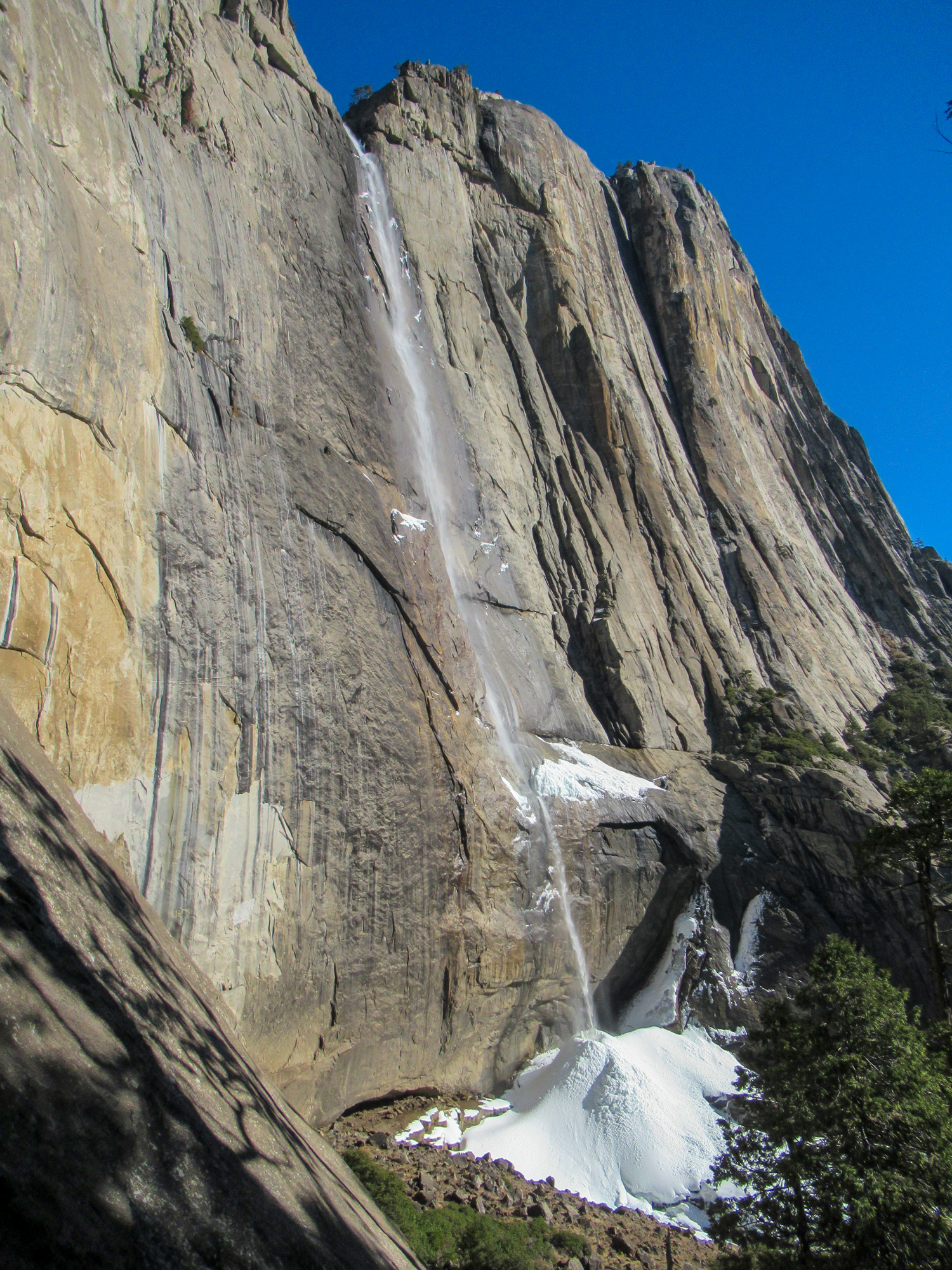 Water trickles over the edge of yosemite Falls.