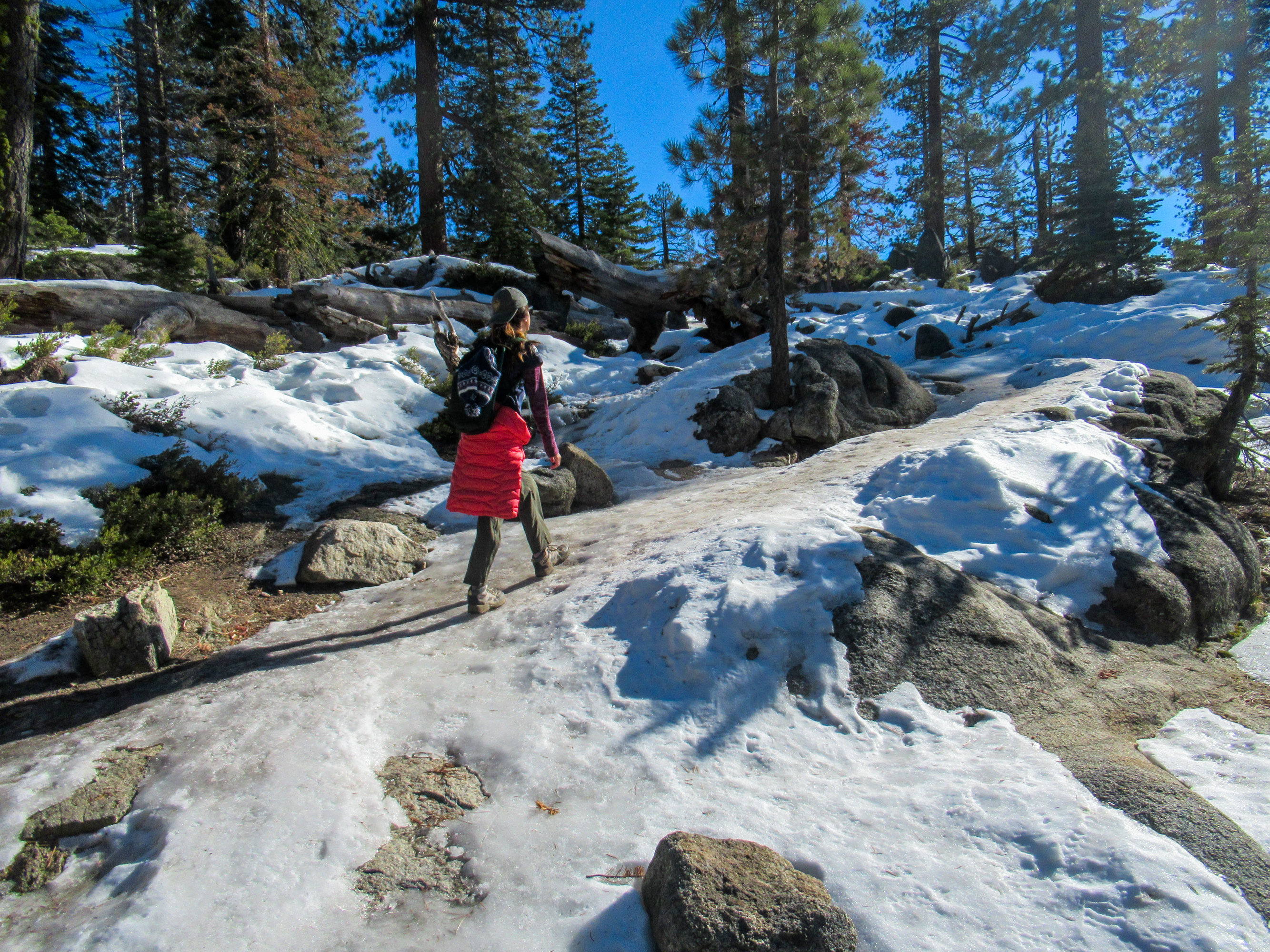 Snow covers the trail en route to Yosemite Falls.