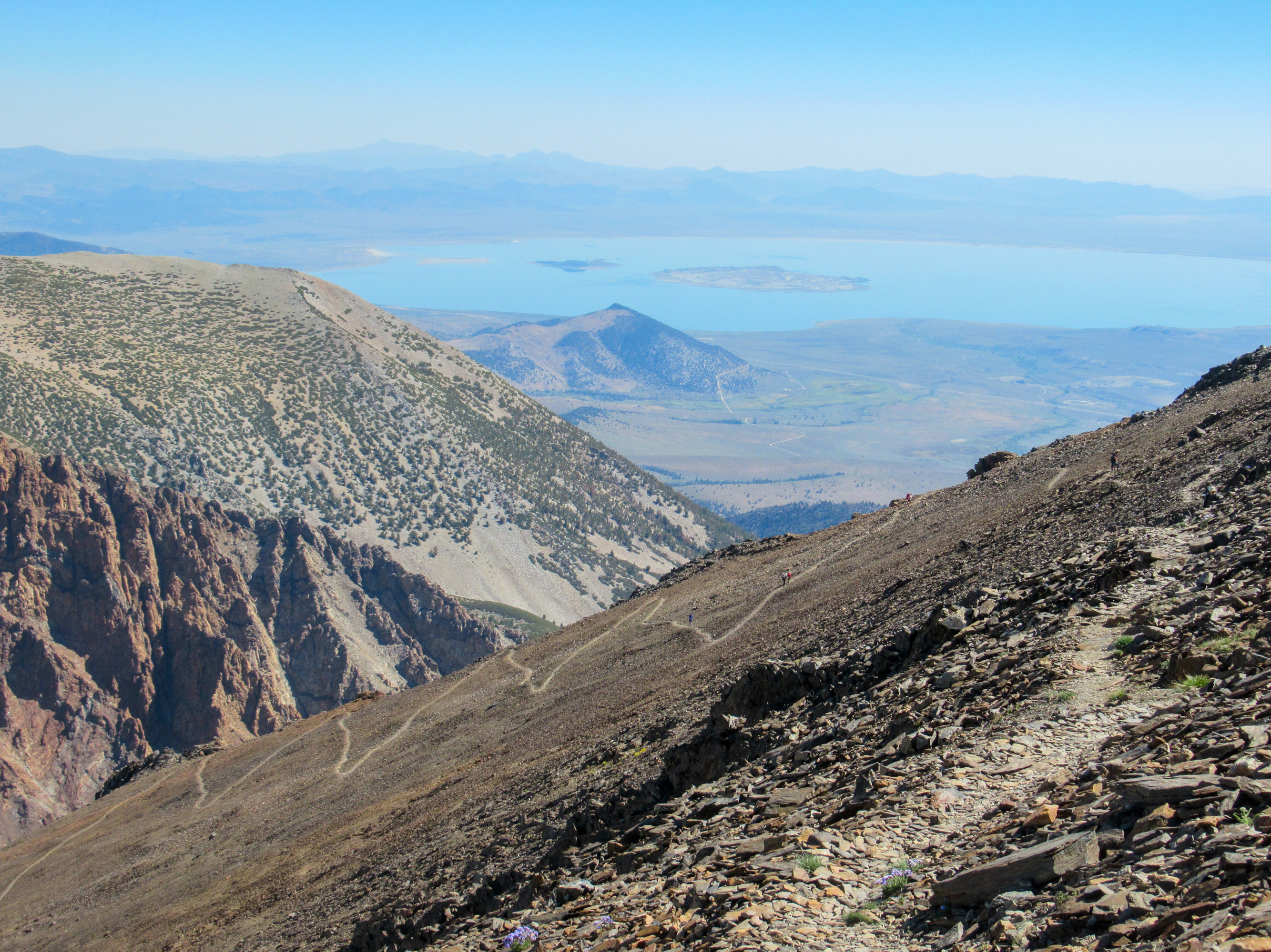 The top of Koip Pass looking east towards Mono Lake.