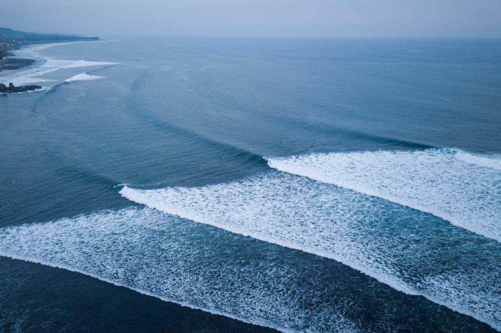 Drone image of waves breaking at El Sunzal.